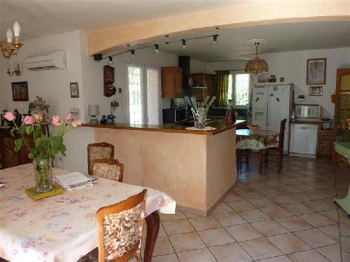 Ventes maubec vaucluse 84 maison avec 3 chambres et for Acheter maison vaucluse