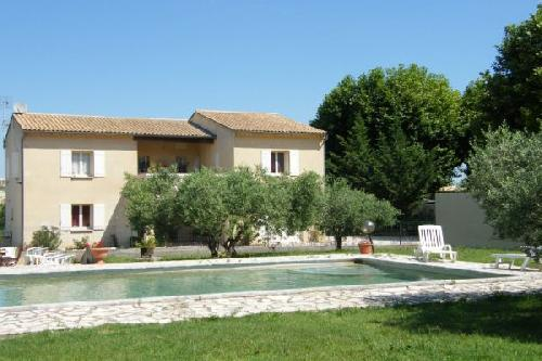 Achat vente location luberon taillades maison villa avec - Location maison avec piscine luberon ...