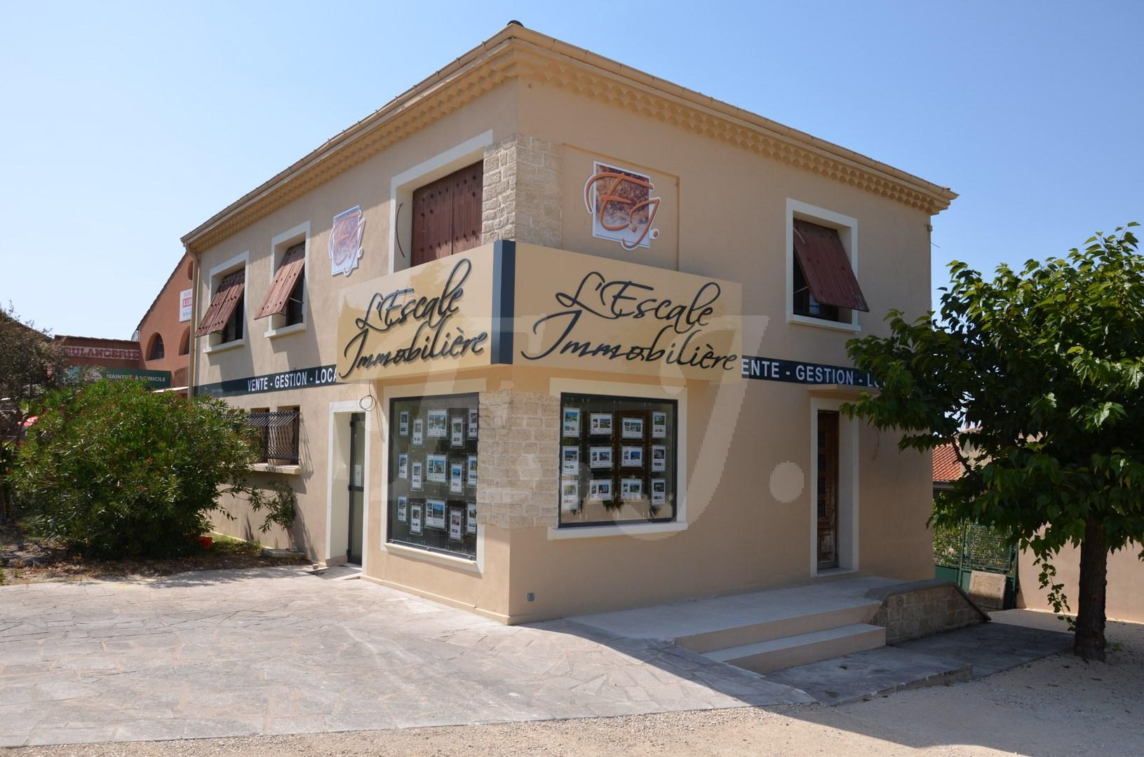 Agence immobiliere robion 84 luberon et vaucluse l for Agence immobiliere 84