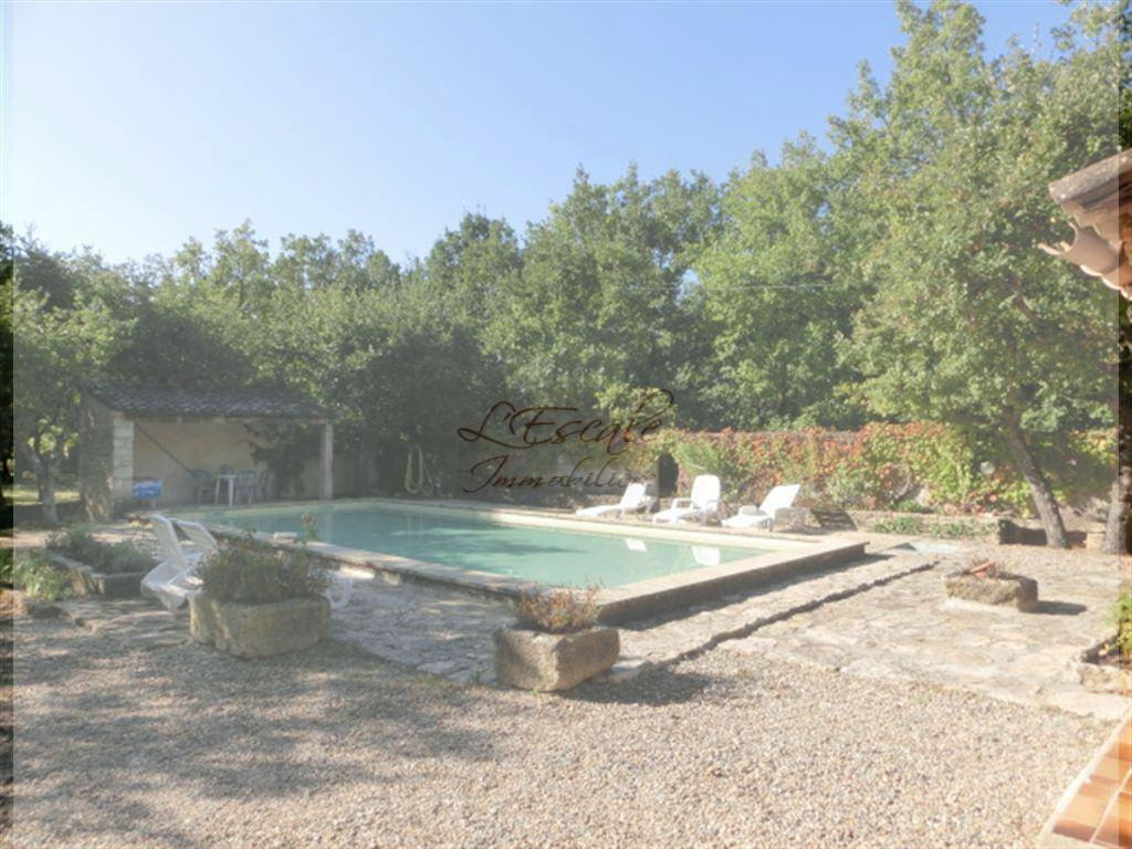 Locations maison avec piscine t3 4 f3 4 gordes meubl for Site de location de maison