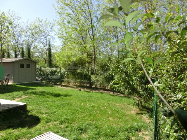 Locations maison individuelle t4 f4 maubec dans une r sidence s curis e habit - Entretien jardin locataire ...