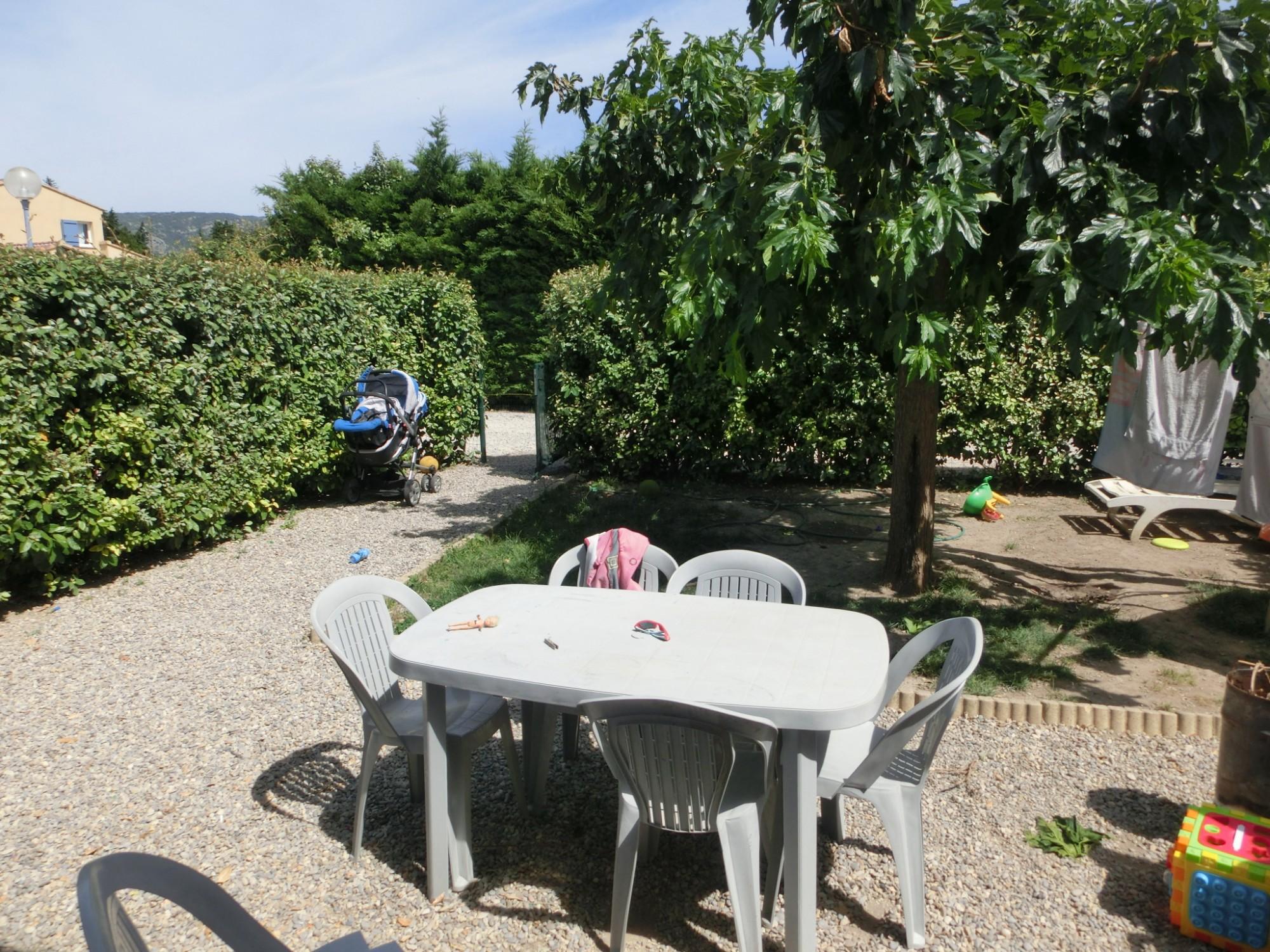 Locations maison de plain pied t4 f4 cheval blanc maison for Entretien jardin locataire