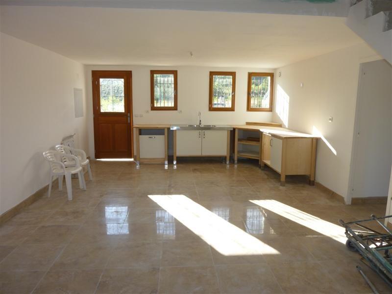 maison avec 3 chambres Cabrieres d' Avignon a louer 95 m² bureau places de parking 84220 ...
