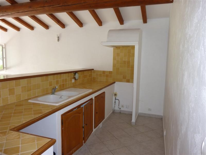 Locations maison plain pied avec exterieur Cabrieres d \' Avignon A ...