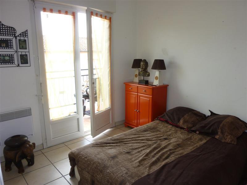 locations appartement a louer cavaillon 4 pi ces 3 chambres avec balcon au calme parking. Black Bedroom Furniture Sets. Home Design Ideas