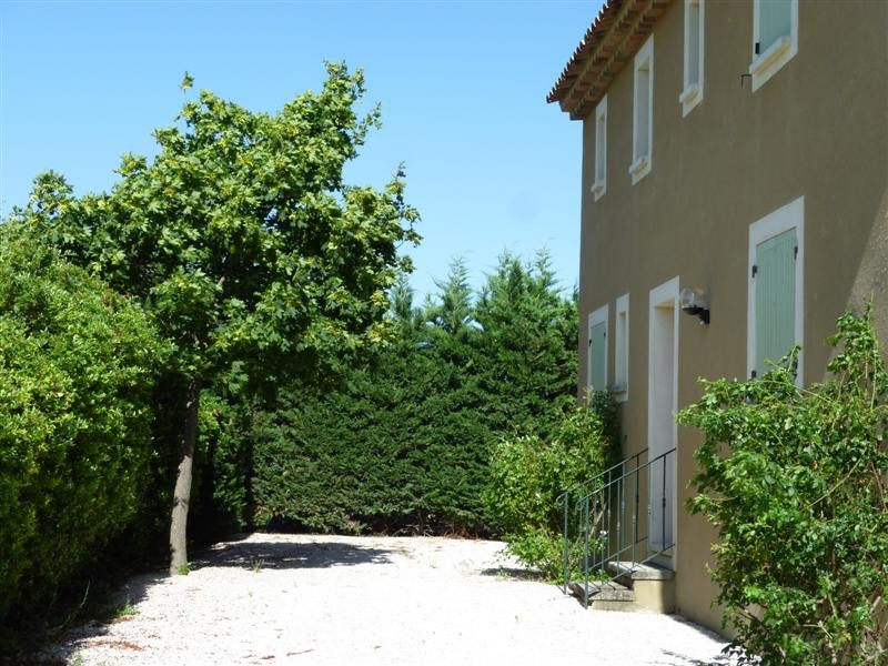 Maison avec piscine a louer cabrieres d avignon maison 5 chambres jardin et piscine l escale - Location maison avec jardin ...
