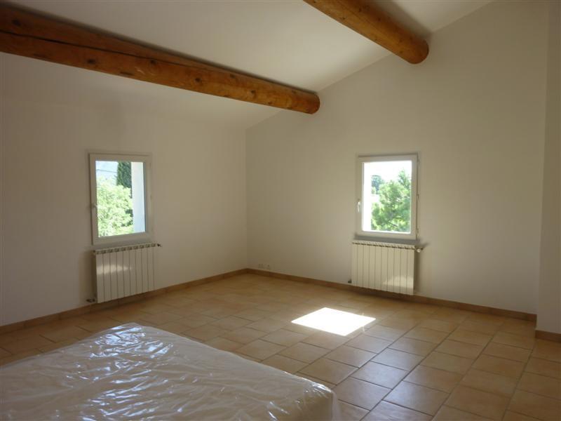 Maison avec Piscine : A Louer Cabrieres d Avignon maison 5 chambres jardin et Piscine - L ESCALE ...