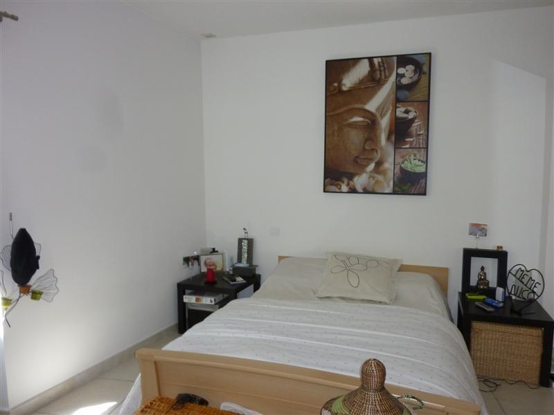 maison : A louer Village Maubec maison 2 chambres petit jardin et terrasse. Garage. - L ESCALE ...
