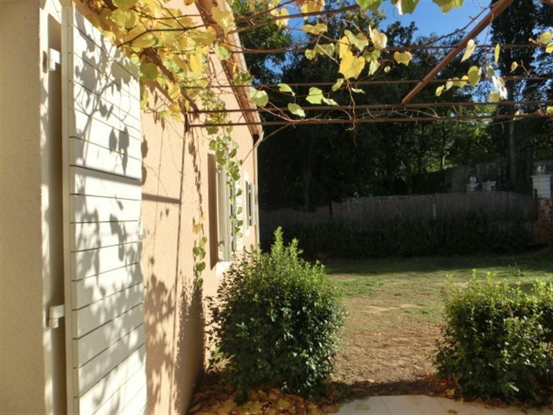 Locations villa de type t4 5 avec garage et jardin a louer for Jardin potager a louer 78