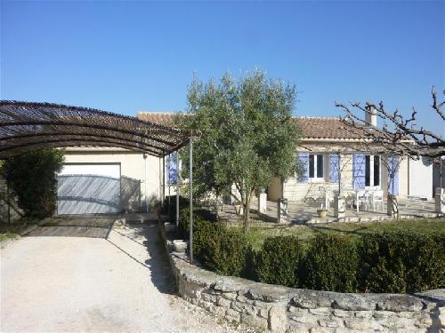Ventes a vendre sur robion maison avec 3 chambres cuisine for Maison terrasse sur garage