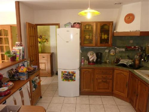 Vente A vendre sur Robion maison avec 3 chambres cuisine americaine ...