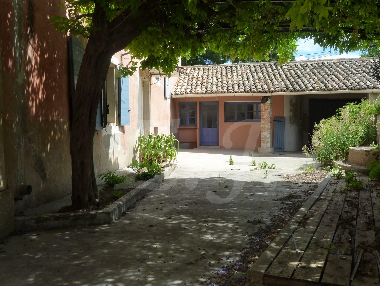 Vente mas T6 avec jardin garage