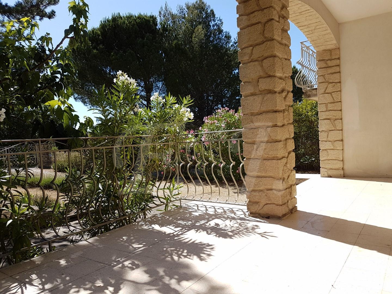 LES TAILLADES village provençal au pied du Luberon