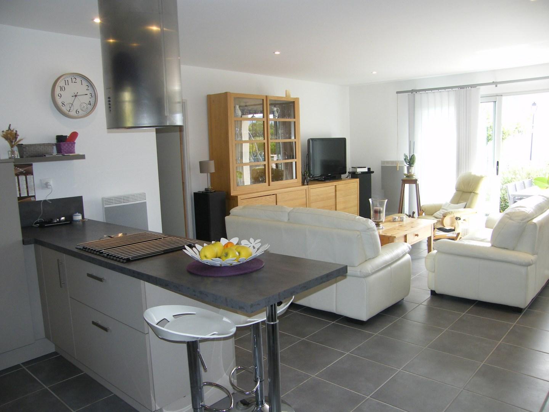 T4 Proche de Gordes villa récente grande pièce à vivre et garage ...