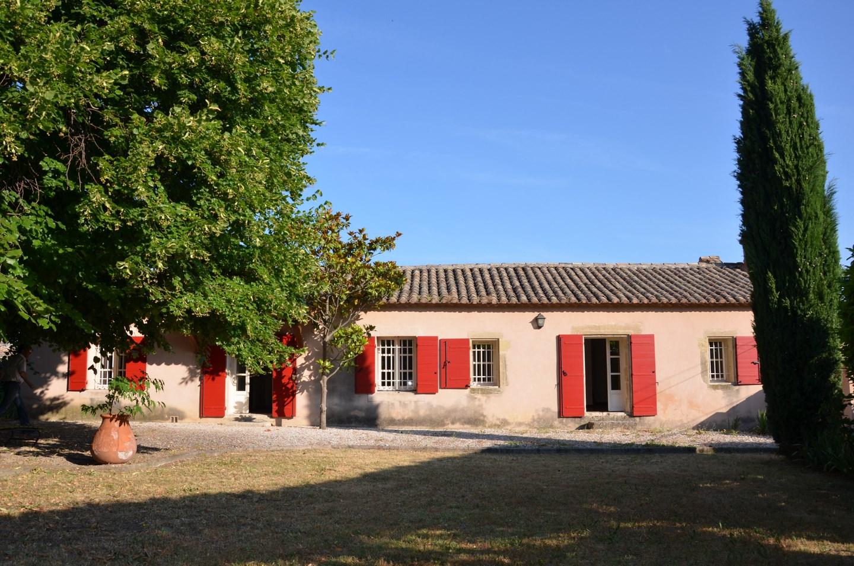 A saisir maison dans le village de Robion