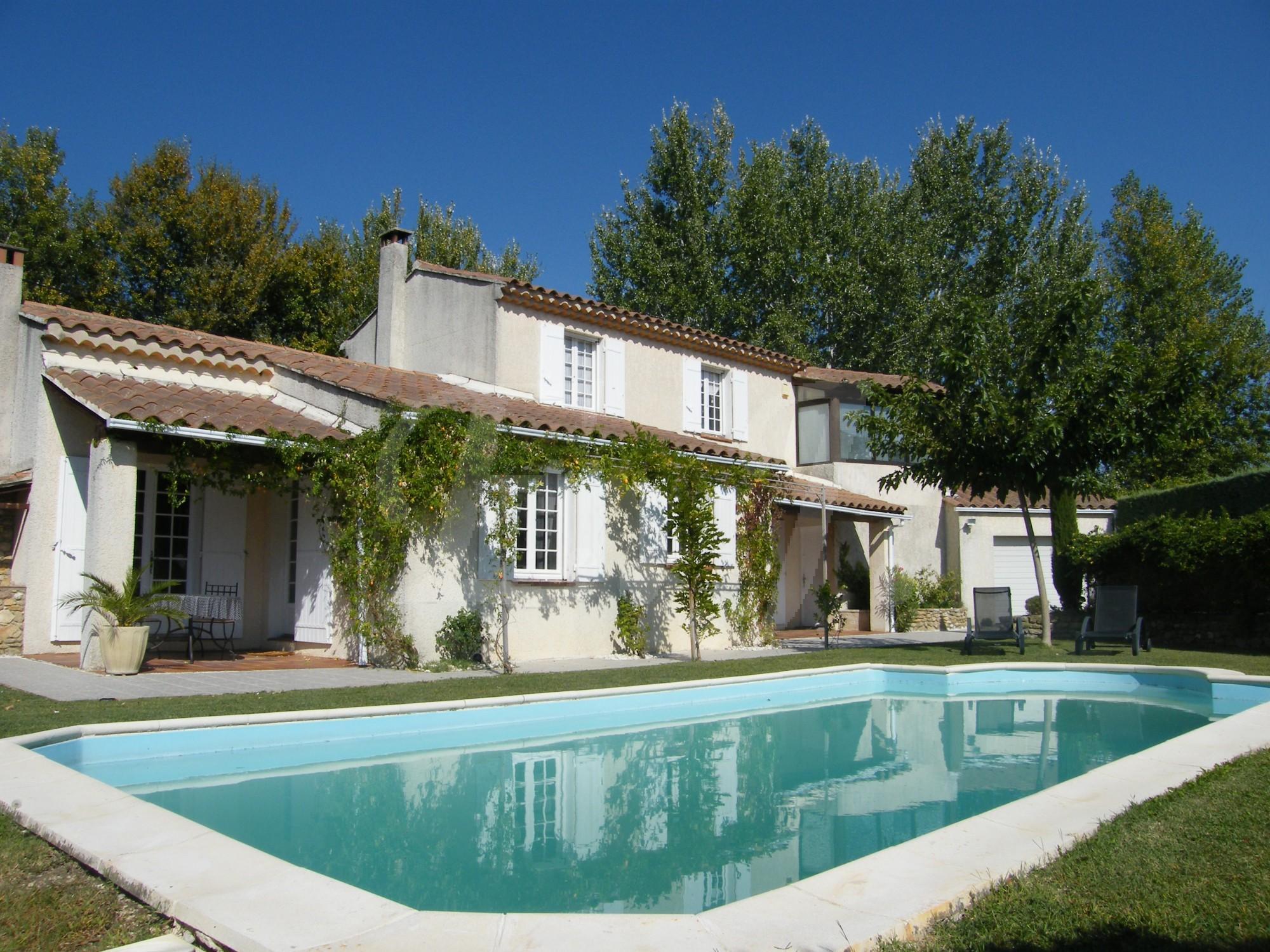 Maison moderne sans vis-à-vis à vendre Provence-Alpes-Côte-d\'Azur ...