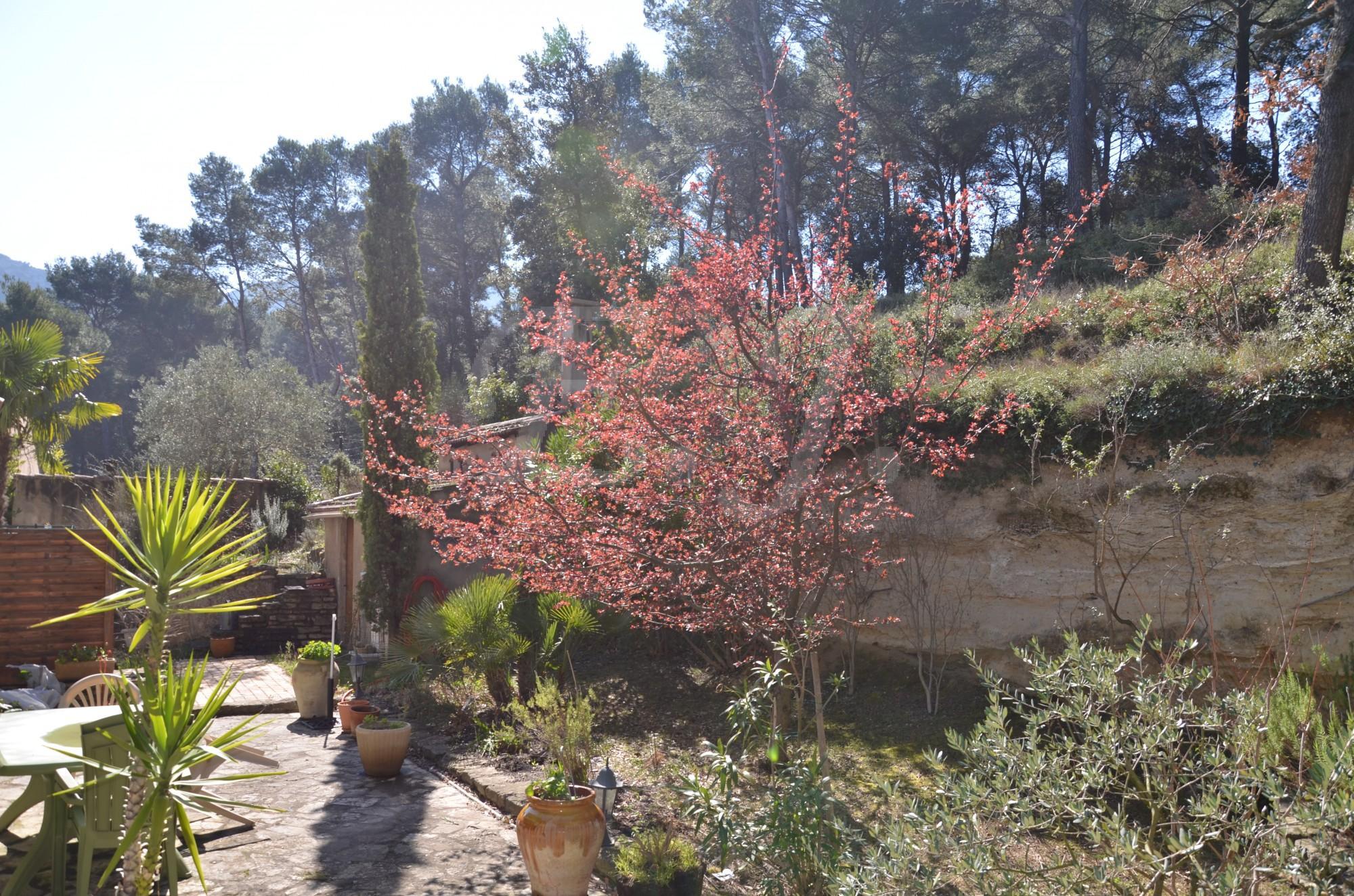 LES TAILLADES grande maison familiale avec vue panoramique