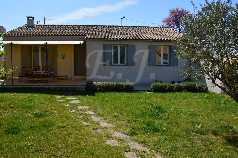 Ventes villa t4 f4 robion en excellent etat avec jardin et for Site vente de maison