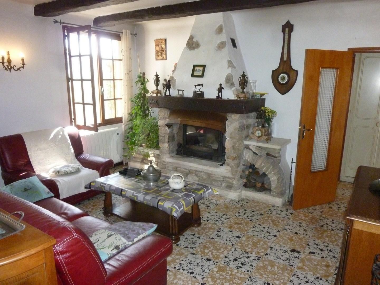 vente maison village goult