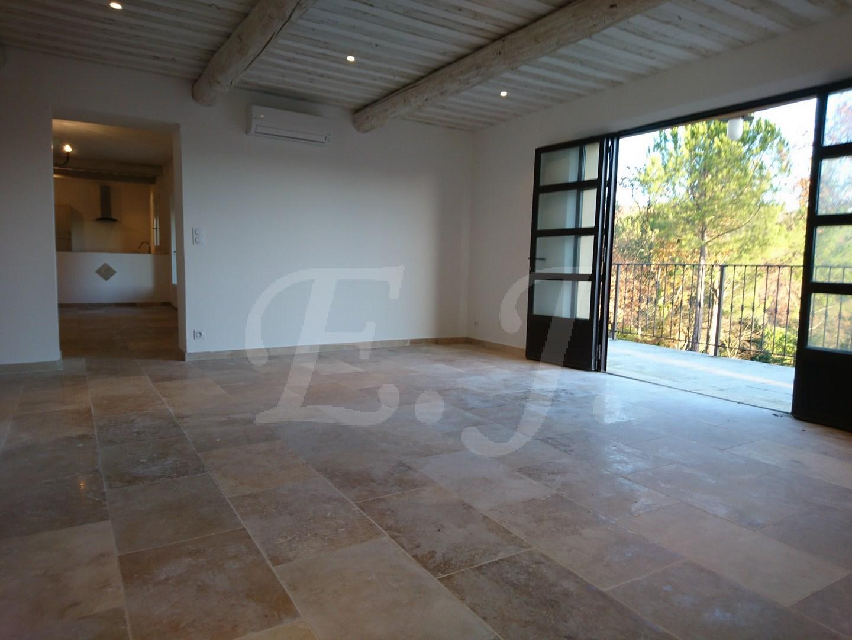 A vendre villa sans travaux Apt 84
