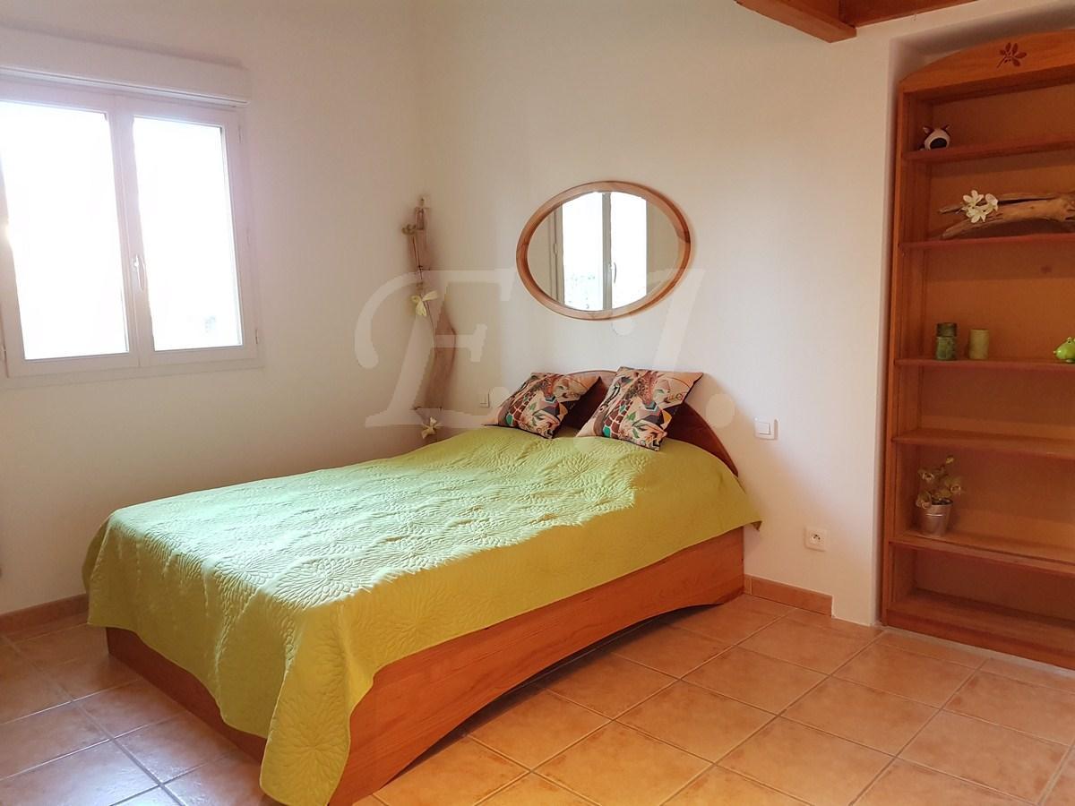 Maison a vivre cheap appartement paris un m refait neuf for Arch immobilier rennes