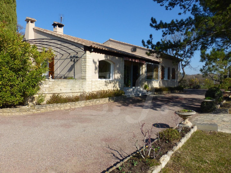 A vendre propriété Luberon Robion