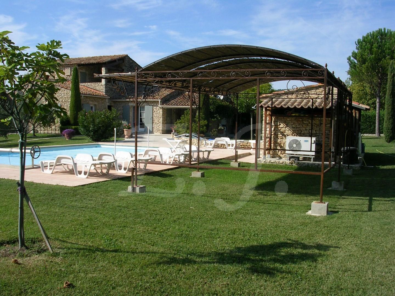 Vente Maison  T6 GORDES dans hameau belle maison en pierres ,  jardin , piscine , Vue sur le Luberon  Vaucluse 84