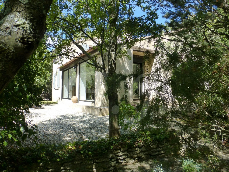 Maisons et villas vendre vers robion agence for Vente maison par agence immobiliere
