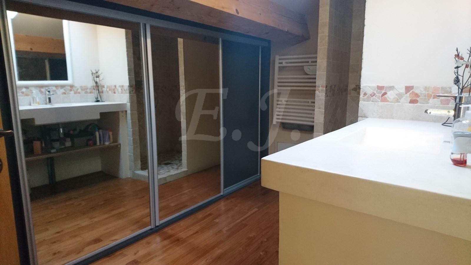 Vente Maison  T4 Taillades De caractère en pierre avec jardin atelier bureau