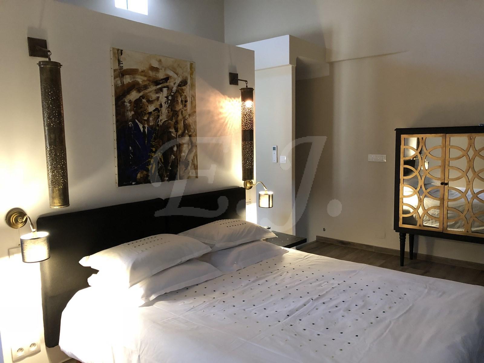 A vendre à Robion maison de village avec appartement indépendant idéal revenus locatifs