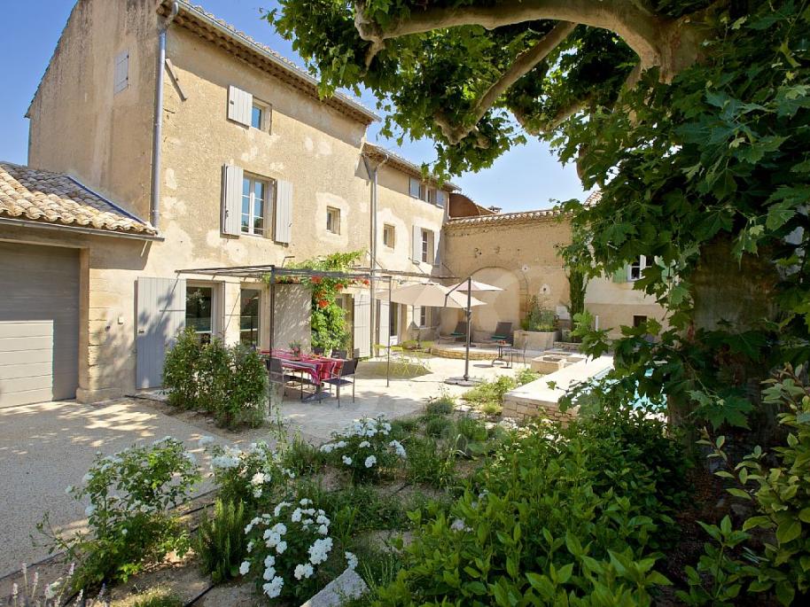 Maison de village avec deux habitations à vendre à ROBION