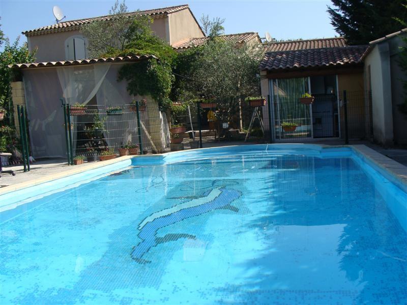 Ventes l 39 isle sur la sorgue vaucluse 84 villa 5 chambres for Piscine isle sur sorgue