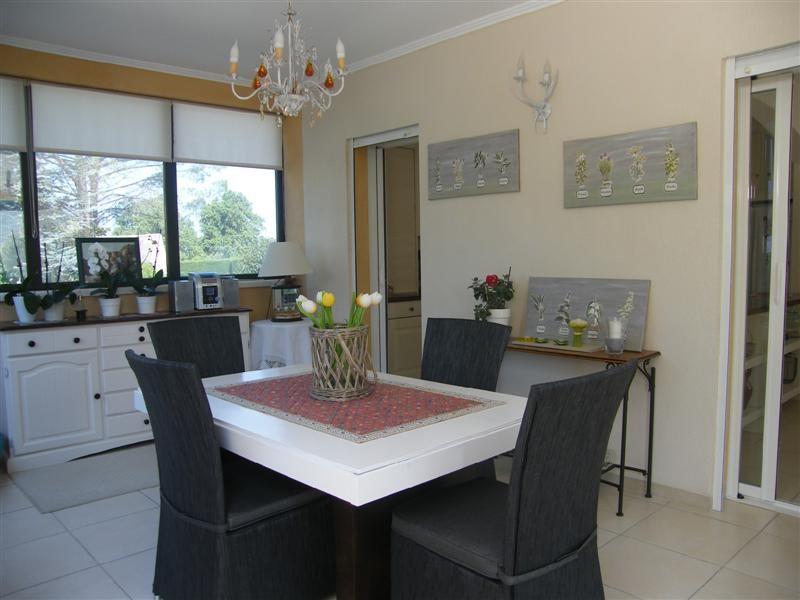 vente lagnes maison 3 chambres et g te de 60 m vendre terrain achat vente vaucluse 84 bien. Black Bedroom Furniture Sets. Home Design Ideas