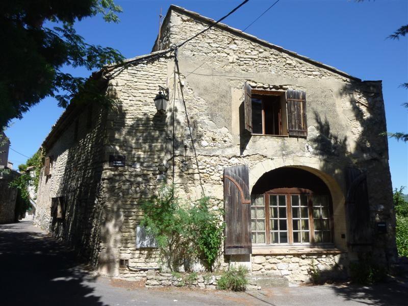 Vente Maison de village a Robion Vaucluse 4 chambres a vendre , Grande terrasse Abri voiture Belle vue sur le Luberon