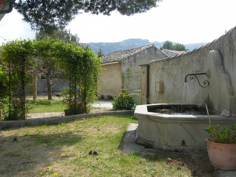 Vendu au pied du luberon mas en pierres 4 chambres a vendre 170 m² hab une remise sur terrain piscinable