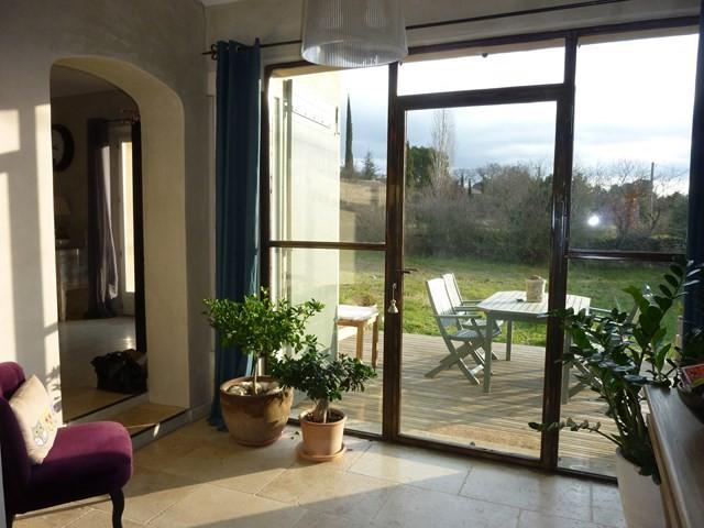 Ventes belle maison moderne avec jardin nich e au calme for Vente maison moderne