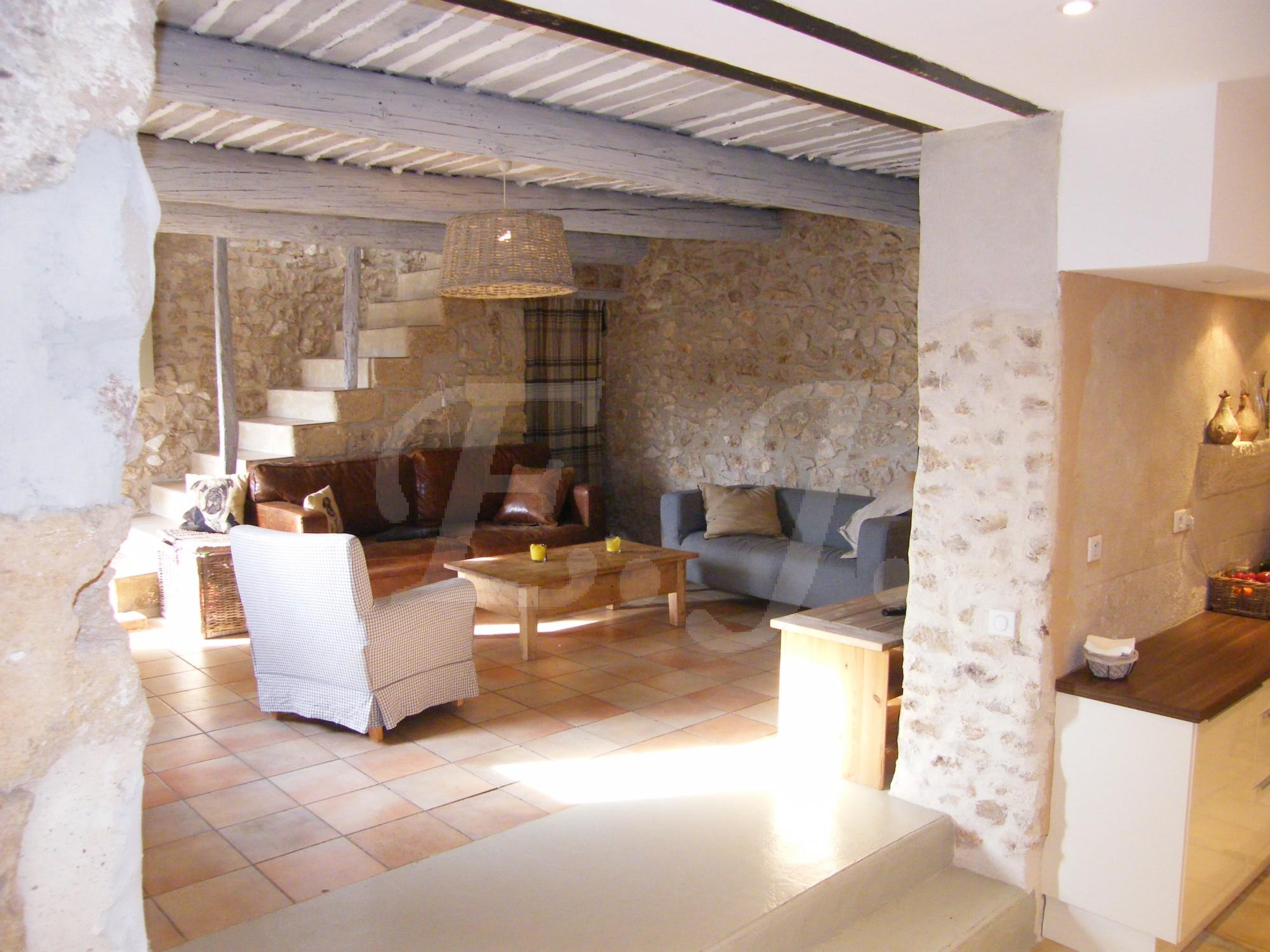 Ventes maison de hameau t4 f4 les taillades mas en pierre la restauration soign e et moderne for Maison pierre moderne