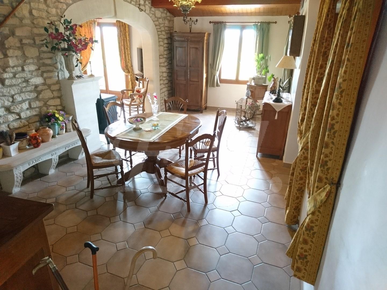 Maison a acheter avec du cachet dans le Vaucluse Luberon