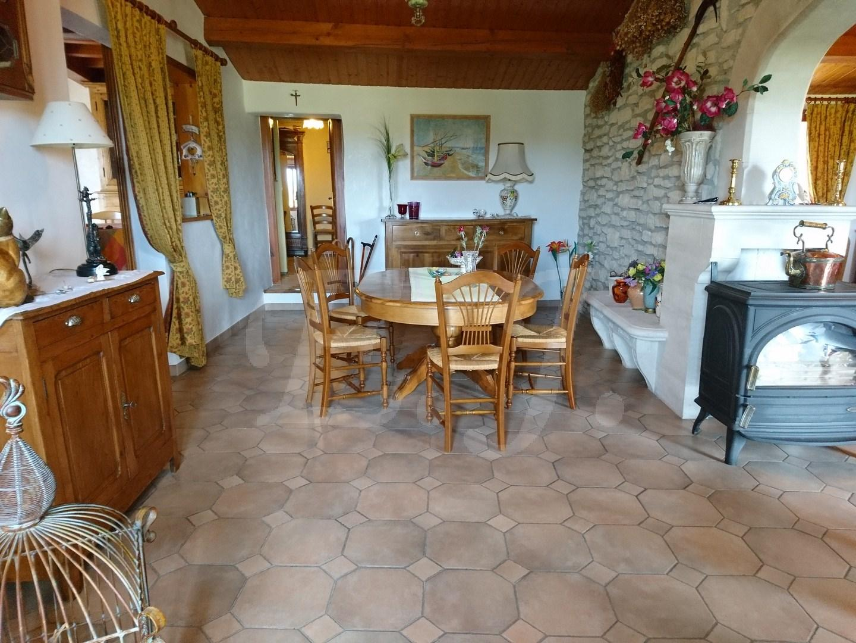 A vendre maison Maison de charme dans un village du Luberon