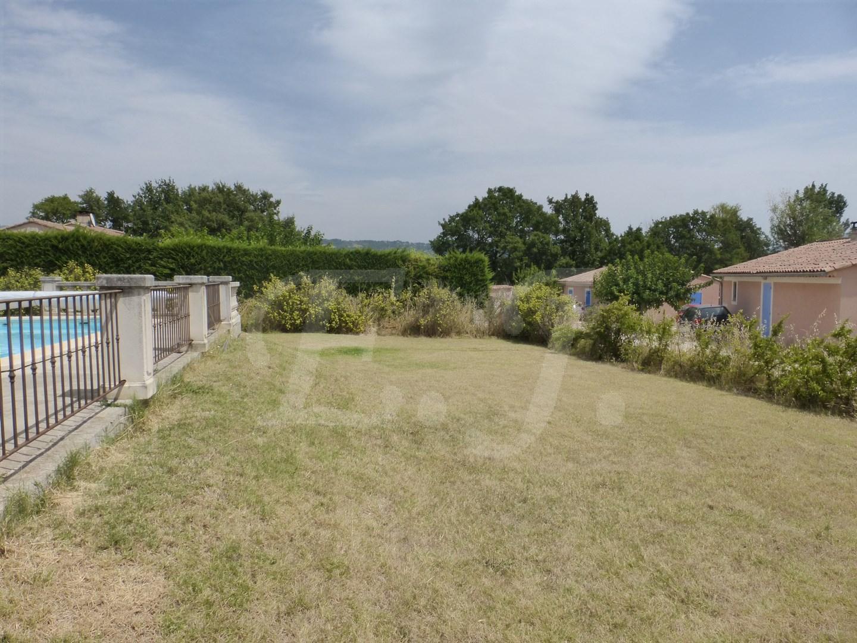 Vente Villa T3 Gargas Au calme sur terrain avec piscine et vue dégagée