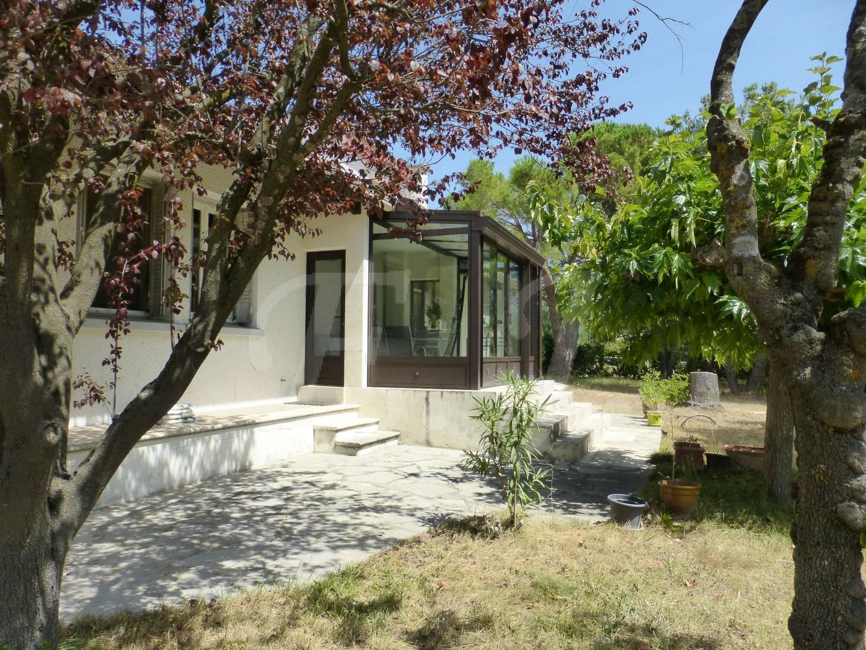 Vente Maison  Robion Grands volumes jardin arboré 5 pièces