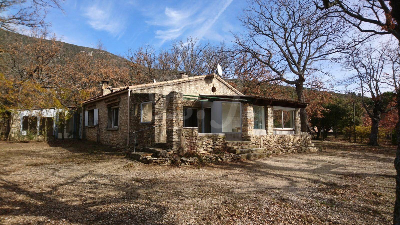 maison a vendre rustrel