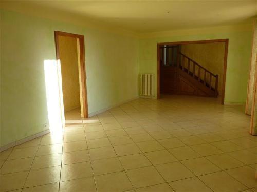 Vente maison avec 3 chambres la vente en luberon 84 grand terrain clos garage cuisine quip e - Garage la pinede montpellier ...