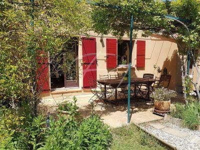 Maison Robion grand jardin avec piscine et 5 chambres