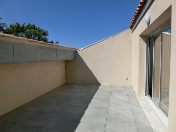 Appartement de type T4/5 à Robion avec terrasse