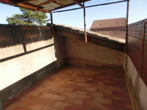 A Robion au pied du Luberon avec terrasse et Garage