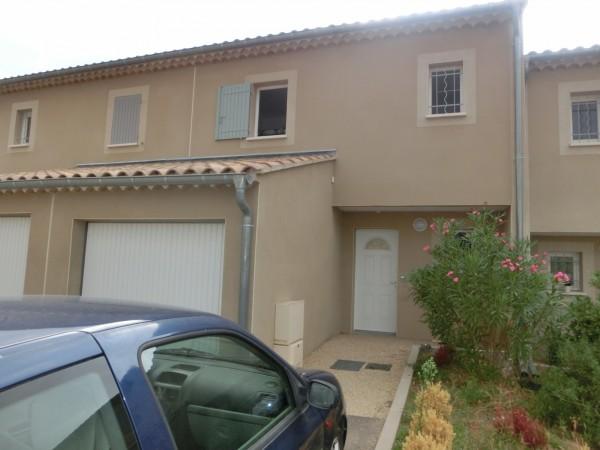 Villa de 3 chambres avec extérieur clos et garage à Robion