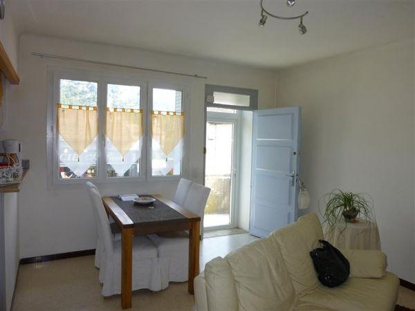 A Robion, appartement de type T2 avec garage