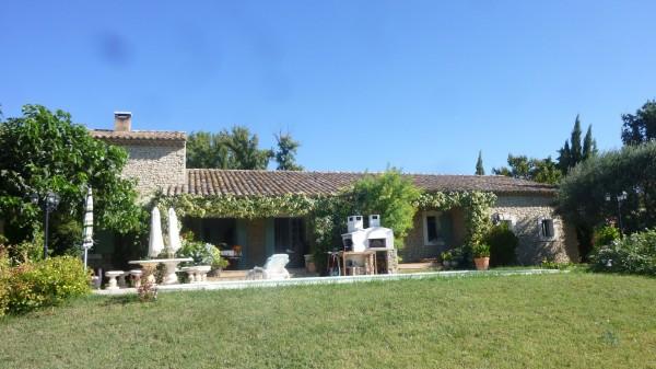Vente villa en pierre Lagnes Luberon