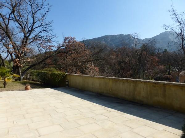 Vente maison avec piscine face au Luberon